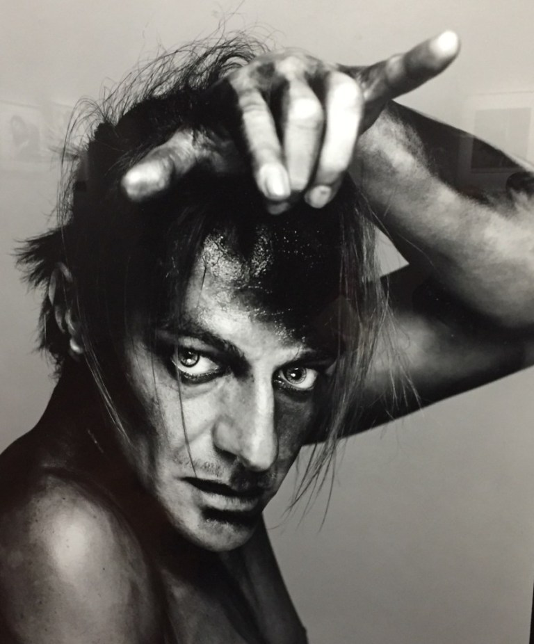 09_John-Galliano_-Avedon_BnF